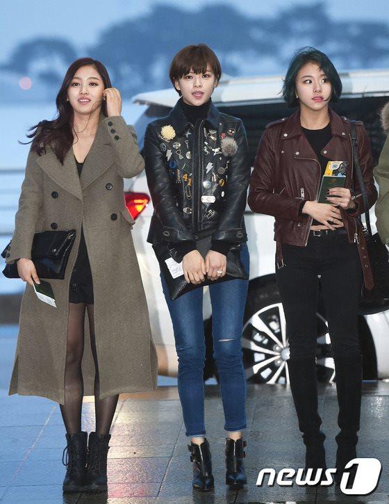 空港ファッションTWICEジヒョ、ジョンヨン、チェヨン